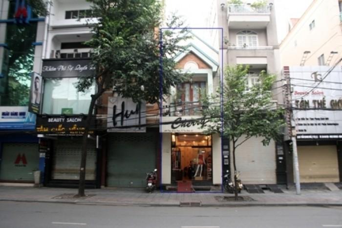 Bán nhà mặt phố Cát Linh, quận Đống Đa 185m, mặt tiền 5.4m, 52 tỷ.