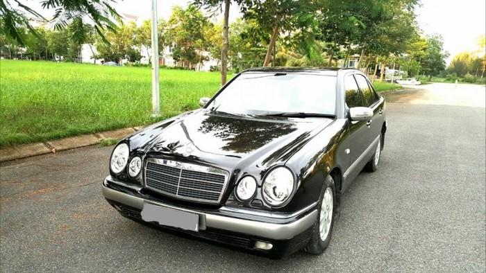 Bán xe Mercedes E230, Số tự động, Máy xăng