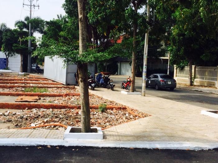 Cần bán gấp 6 lô đất đường nhựa 16m trung tâm Tân Phú-HCM