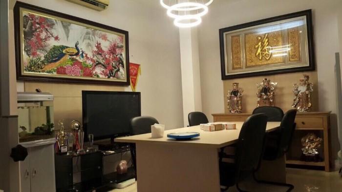 Nhà Tô Vĩnh Diện ngõ Ô TÔ tránh, vào nhà, Kinh Doanh ổn 56m < 5 tỷ TL.