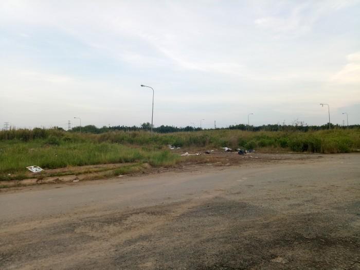 Bán đất thổ cư trong Khu dân cư hiện hữu 100%,mặt tiền 20m,giá 332tr/nền