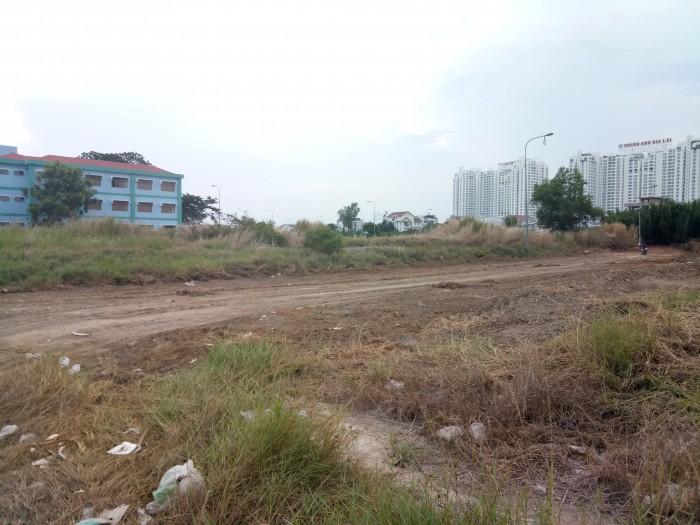 Bán đất mặt tiền đường QL1A-Lê Duẩn 322r/nền