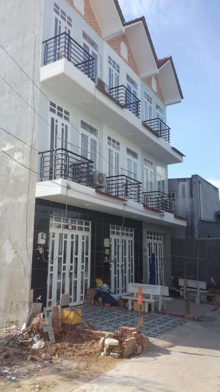 Bán nhà Nhà Bè mới xây 4 phòng ngủ đường 6m