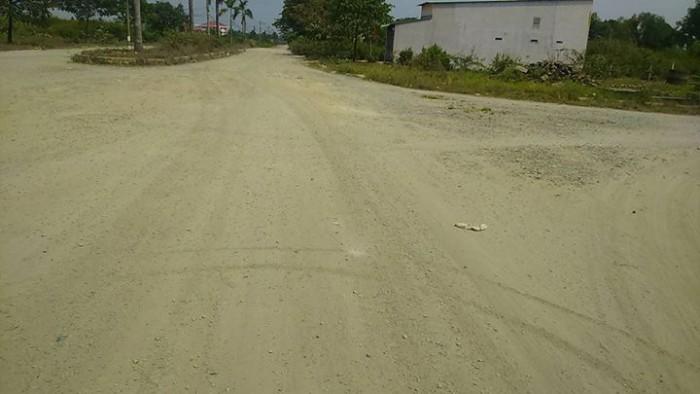 Bán đất gần Phú Cường