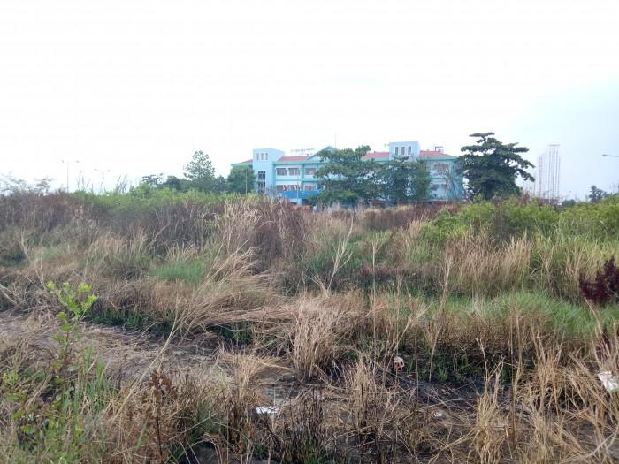Bán đất nền trong khu dân cư CHÍNH CHỦ,Mặt tiền 20m,Quận 9,Liên hệ để được biết thêm chi tiết