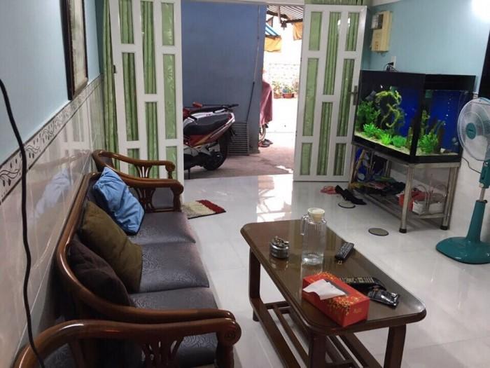 Bán nhà mặt tiền đường Lê Đại Hành, quận 11, 4mx24m