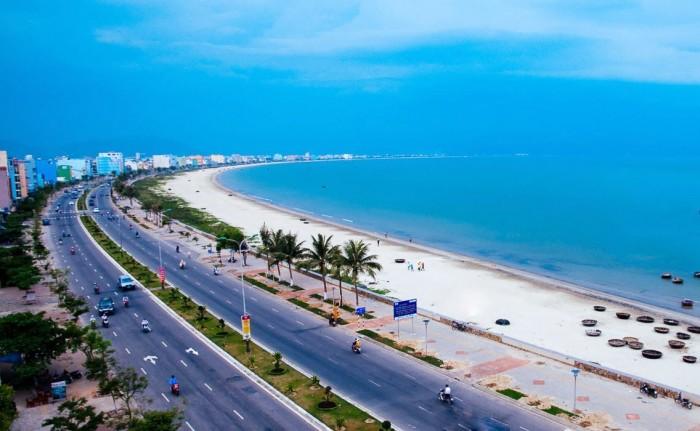 Đất biển đường trường sa,đối diện bãi tắm Viêm Đông