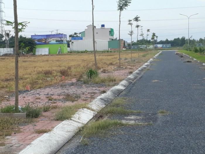 Cần bán gấp mấy lô đất nền chính chủ chỉ từ 400tr/nền, gần Khu Công nghiệp Cầu Tràm, chợ Rạch Kiến