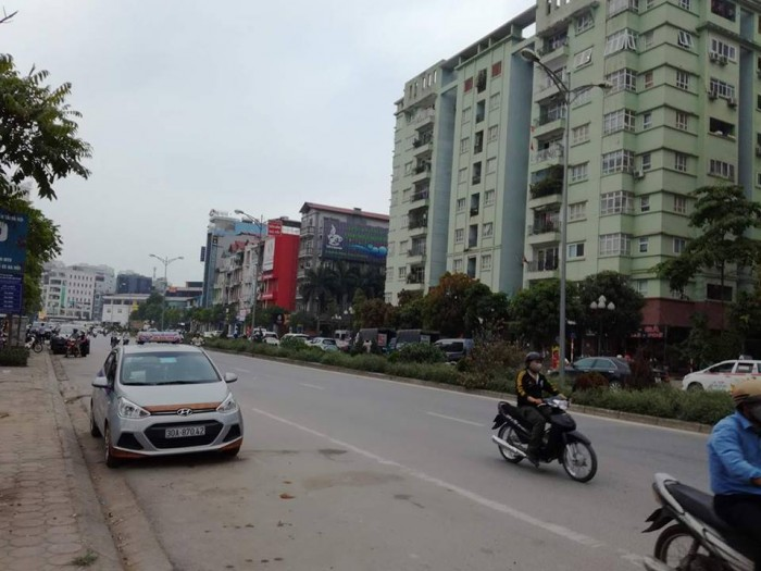 Bán nhà phân lô mặt phố Nguyễn Hoàng 76m2 x 5 tầng, kinh doanh cực tốt (sổ đỏ chính chủ)