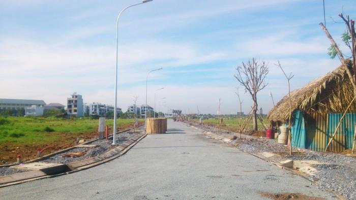 Bán đất mặt tiền đường Liên Phường, Quận 9 SHR , 100M2 ,giá 8 triệu/m2