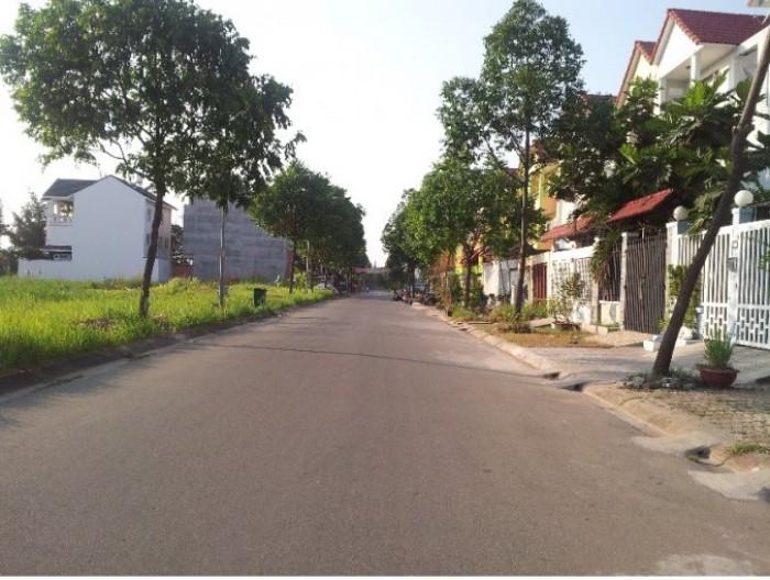 BÁn đất nền đường Vành Đai trong KDC CONIC 13B,DT: 120m2 giá 34.5tr/m2,đường 60m cực đẹp.