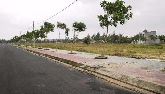 Cần nhượng lại lô đất 2 mt 300m2 , sổ hồng riêng, thổ cư 100%