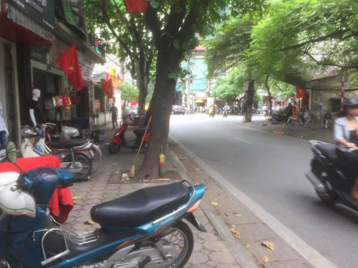Bán Nhà Gấp MP Yên Phụ Q. Tây Hồ 148m2 GIÁ: 29.6Tỷ MT:5,68m