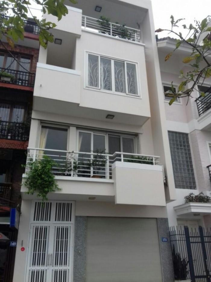 Bán gấp nhà phố Hoàng Quốc Việt 65m*5t. Mặt tiền 6m. Giá 7,5 tỷ. Gara ô tô+ Kinh doanh.