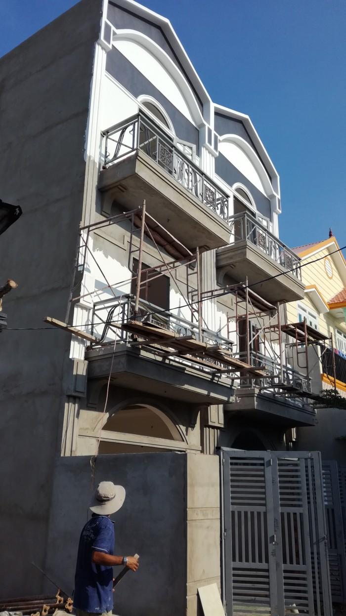 Bán nhà 3 tầng ấp 3 Long Thới h.Nhà Bè mới xây