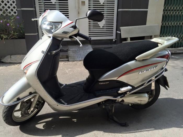 Honda LEAD Fi phun xăng điện tử,màu bạc, xe đẹp,máy êm 1