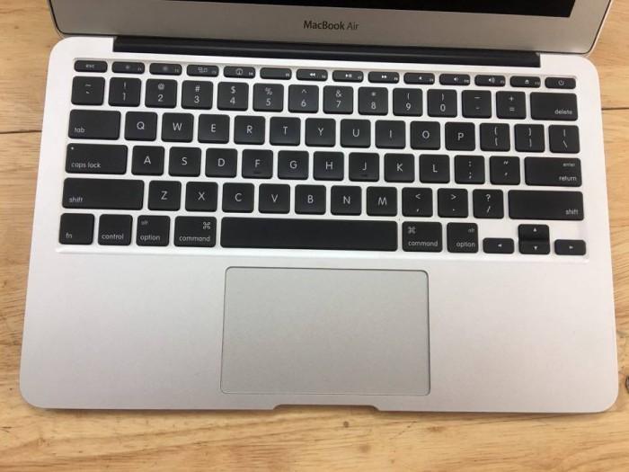 Macbook air 11inch0