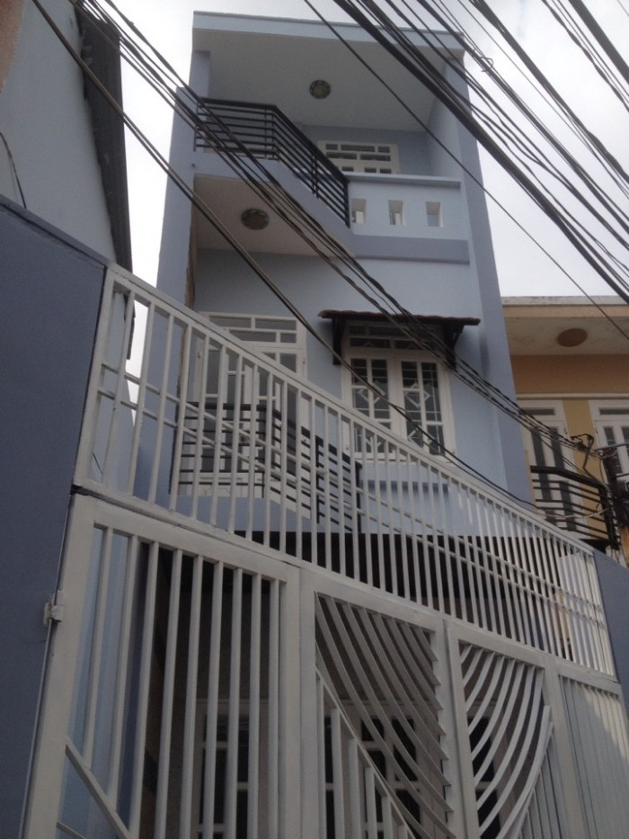 Nhà 2 Lầu Hẽm Xe Hơi Huỳnh Tấn Phát