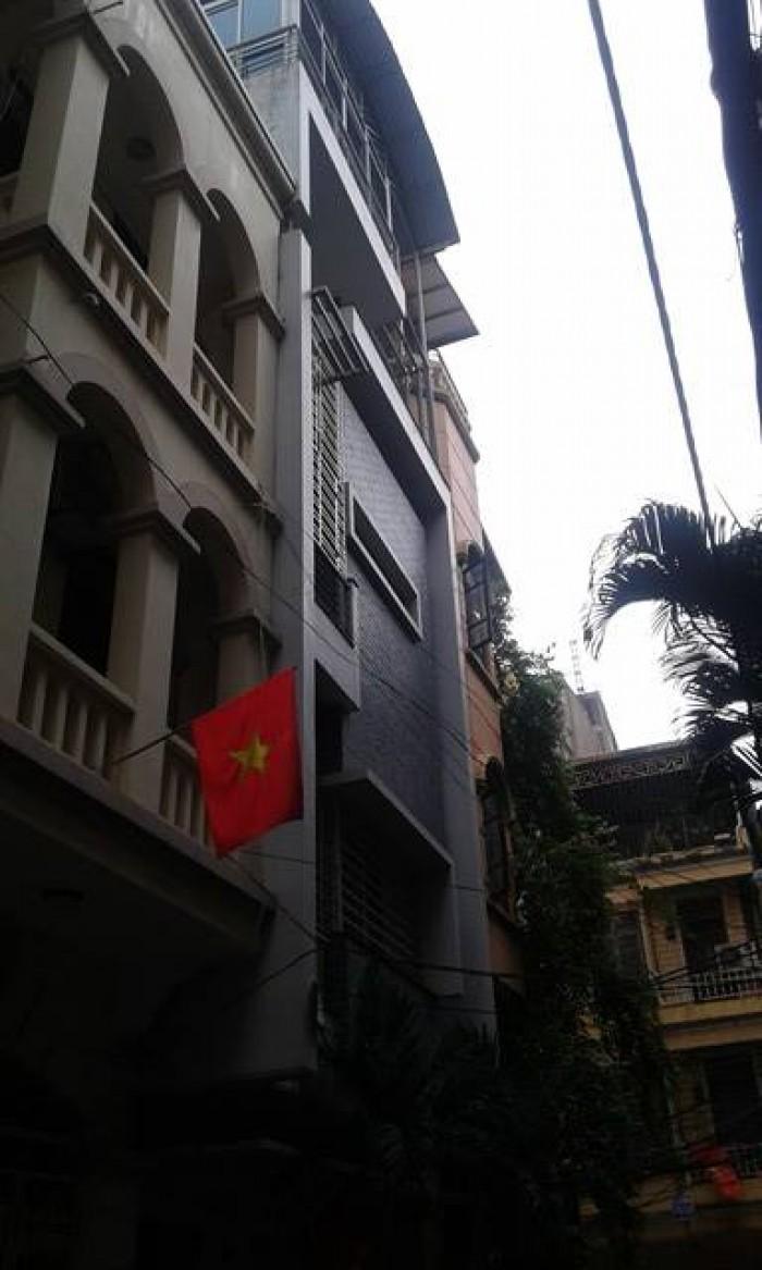 Bán nhà sổ đỏ chính chủ + gara ôtô Thái Hà 53m2, mặt tiền 5.2m, giá 11.9 tỷ.