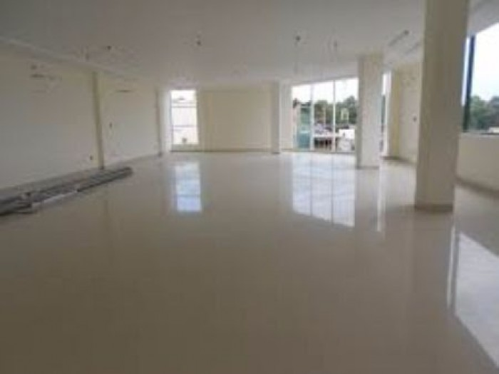 Cho thuê nhà mặt phố nguyễn tuân, diện tích 130m lô góc 3 mặt thoáng