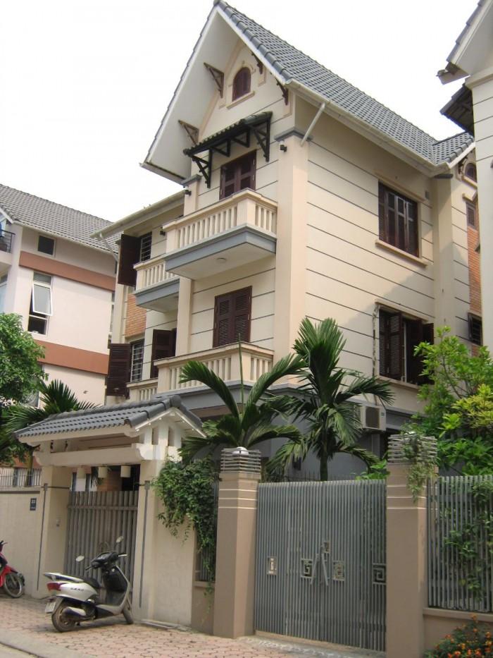 Bán nhà  Hồ Biểu Chánh, P11, Phú Nhuận. DT: 9x20m, 1 trệt 4 lầu. giá chỉ 20 tỷ