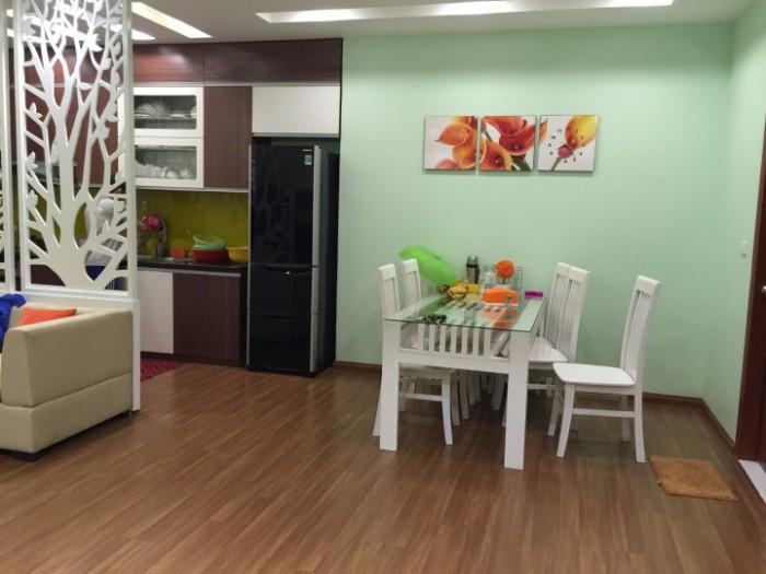 Bán gấp căn hộ căn tầng đep nhất tòa CT12B Kim Văn Kim Lũ,73,6m2,giá cực rẻ