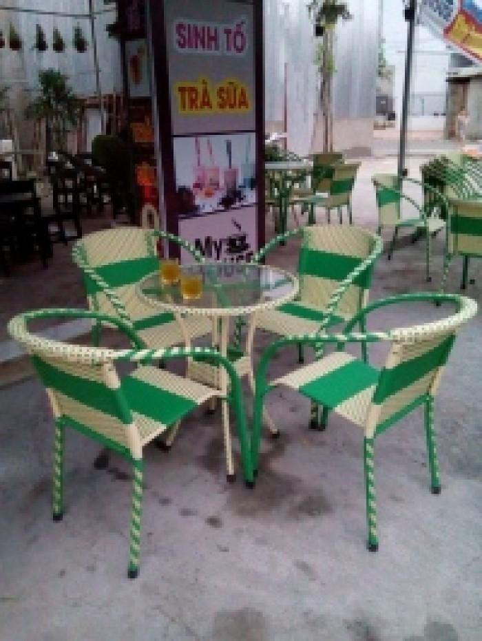 cần thanh lý gấp bàn ghế cafe giá rẻ nhất4