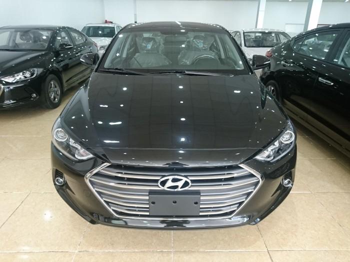 Bán Hyundai Elantra 2017, màu nâu đen, các phiên bản MT, AT, mua xe chỉ từ 115 triệu