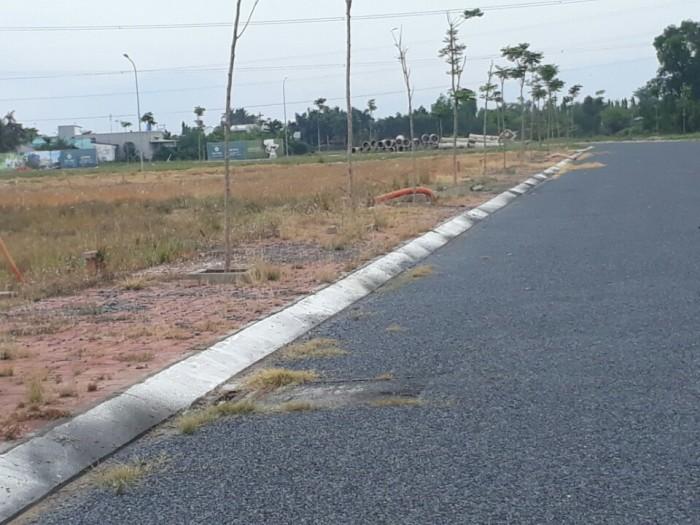 Cần tiền bán gấp lô đất nền chính chủ, 320tr/nền, gần Khu Công nghiệp Cầu Tràm, chợ Rạch Kiến