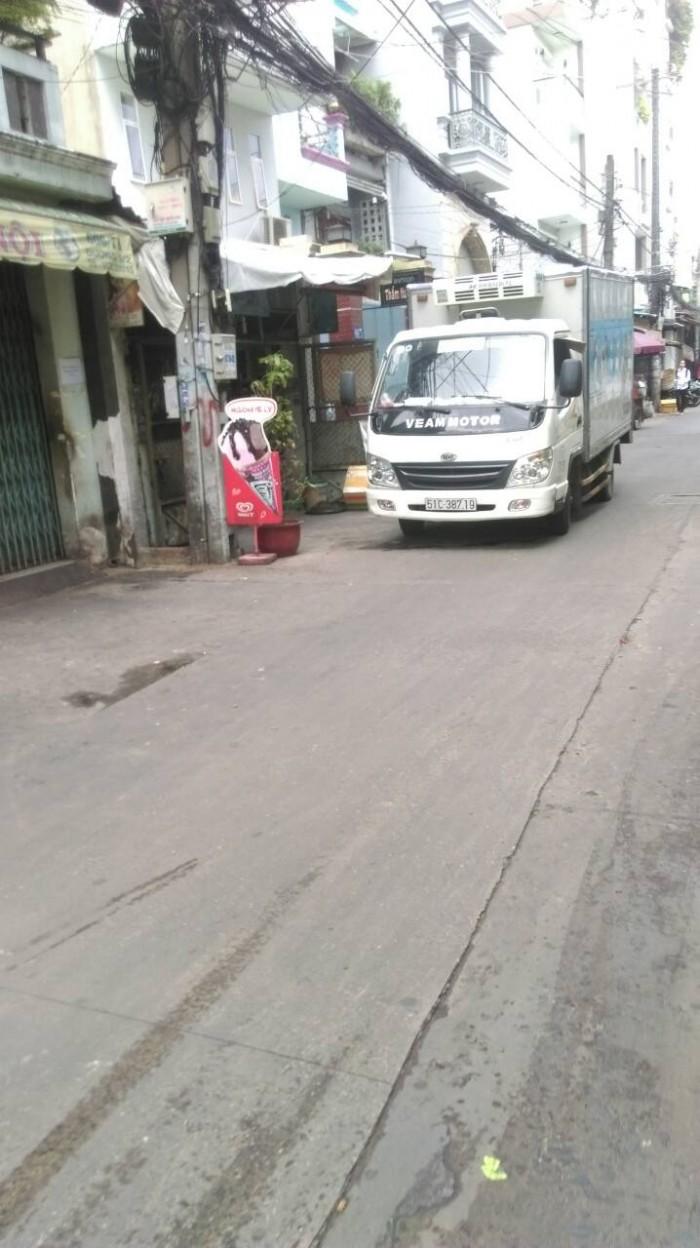 Bán nhà mặt tiền giá hẻm Phường 6 quận Tân Bình, 5.4mx33m