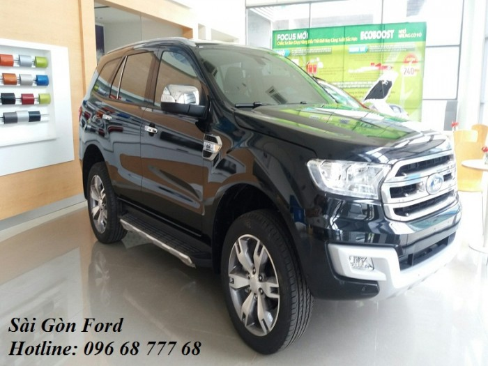 Ford Everest 2.0 Titanium AT 4x2, có xe giao ngay