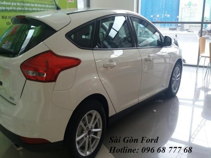 Ford Focus 2018 Trend - Hỗ trợ vay 100% - Lãi suất thấp - Hotline: 0966877768