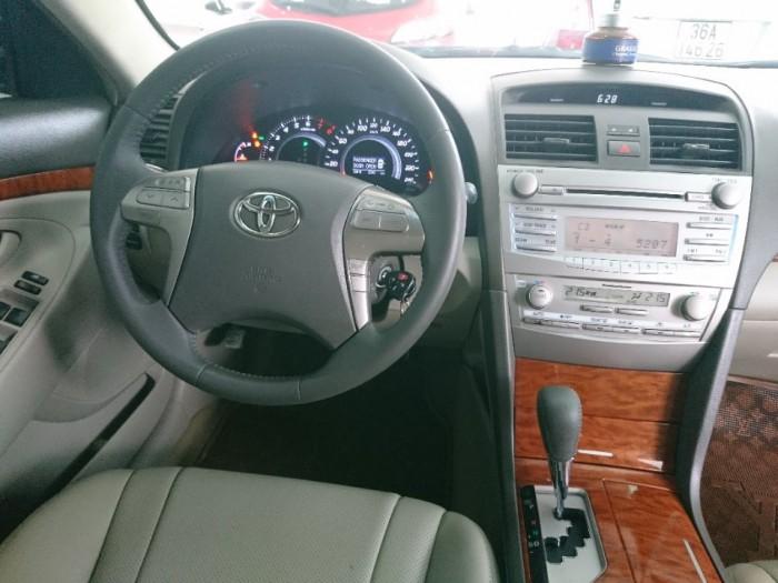 Toyota Camry 2.4G 2010 màu đen 5