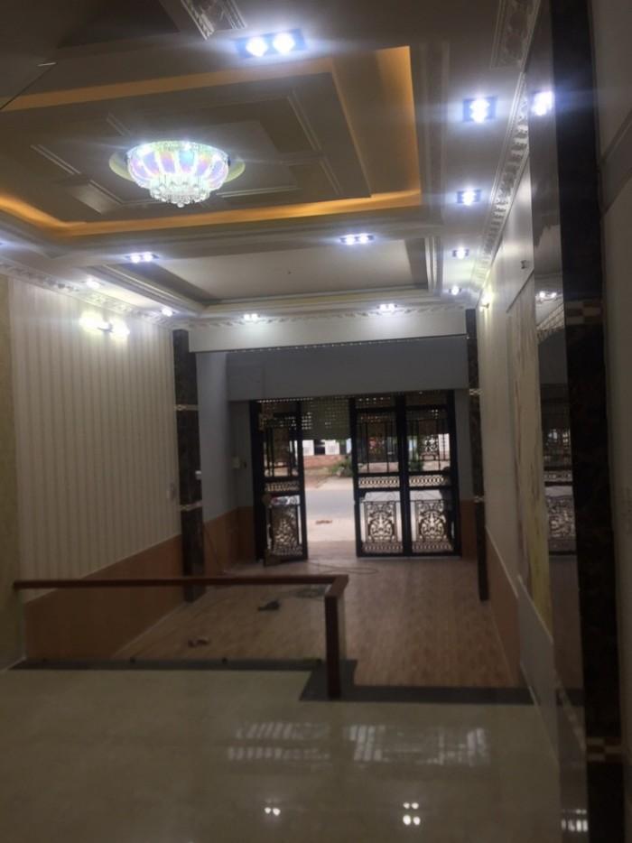 Bán nhà đẹp đường Phú Thuận, Quận 7,DT 4x16,5m, 3 lầu. Giá 5 tỷ