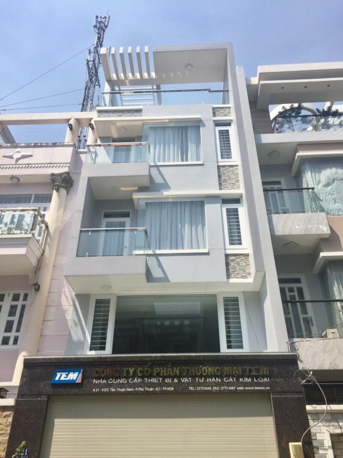 Kẹt tiền cần bán gấp nhà phố 3 lầu mặt tiền đường Phú Thuận,Q7, Dt 4x20m.Giá hot 6,6 tỷ