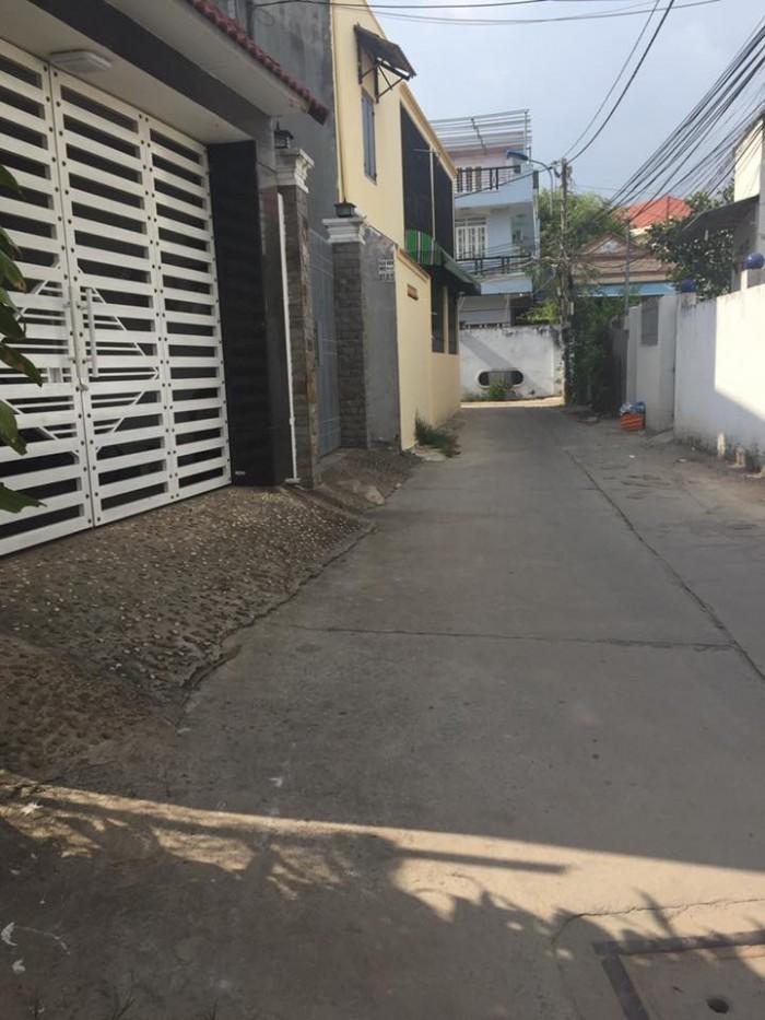 Chính chủ bán lô đất mặt tiền đường kinh doanh ngay Phạm Văn Đồng giá rẻ