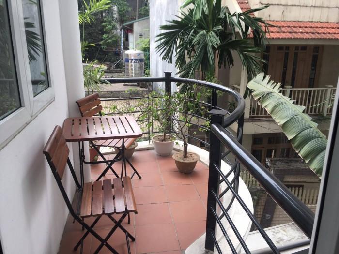 Bán gấp biệt thự phố Linh Lang, 110m, 4 tầng đang cho thuê căn hộ 60tr/tháng.