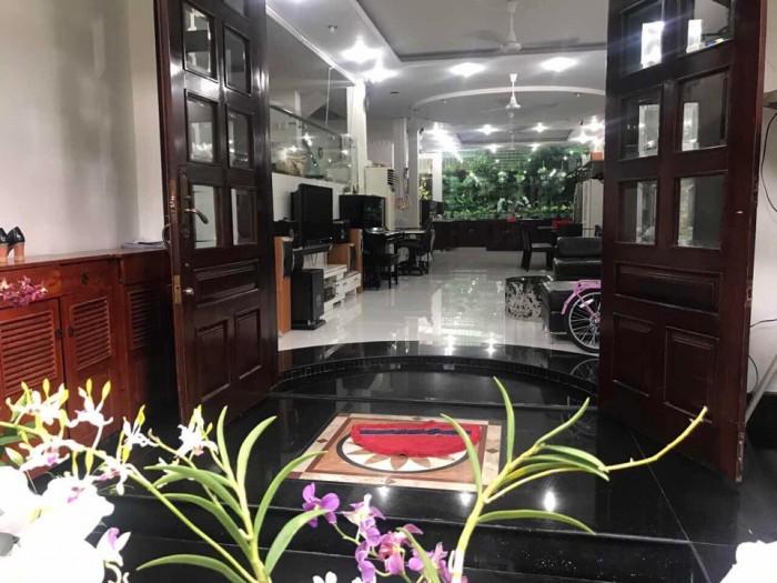 Xuất ngoại cần bán rẻ căn biệt thự đẹp long lanh,khu Nam Long, Trần Trọng Cung Q7.