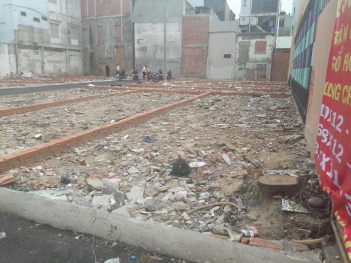 Bán gấp 3 lô đất  ngay sau lưng chợ Phạm Văn Hai, Tân Bình