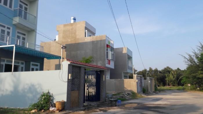 Nền đất nhà phố đã có sổ riêng , 52m2 , giá 1,18 t . Cách đường Trường Lưu 50m , Quận 9.