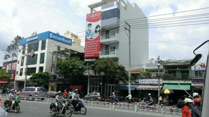 Nhà mặt tiền đường Đình Phong Phú, 121m2 đất, 1 lầu. 6,5 tỷ