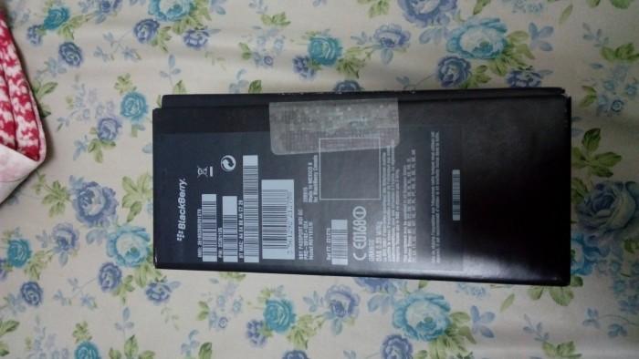 BlackBerry Passport xách tay Pháp còn bảo hành1