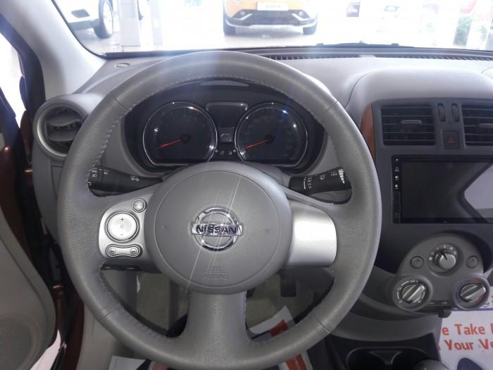 Nissan 11