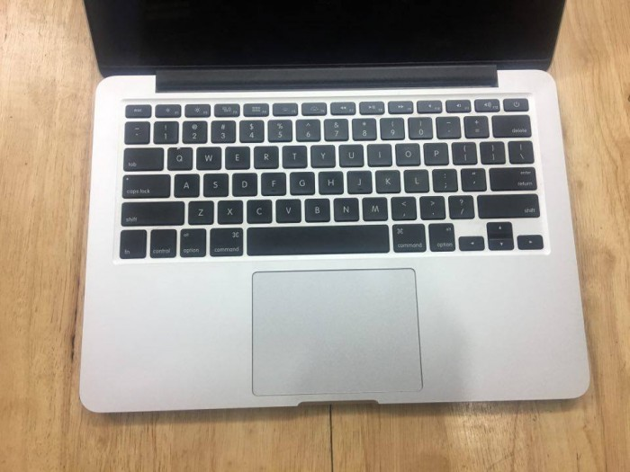 APPLE Macbook pro retina 13inch MGX82 - Model 20142