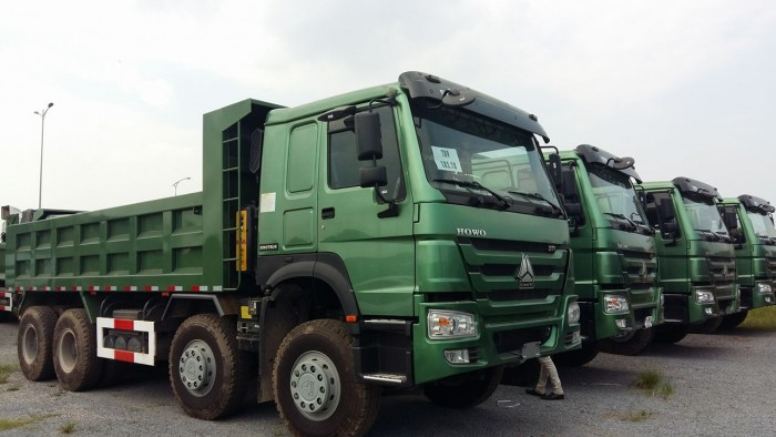 Xe tải ben 4 chân Howo động cơ 371 HP giá ưu đãi cực lớn 3