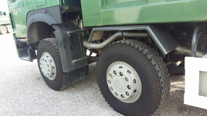 Xe tải ben 4 chân Howo động cơ 371 HP giá ưu đãi cực lớn 12