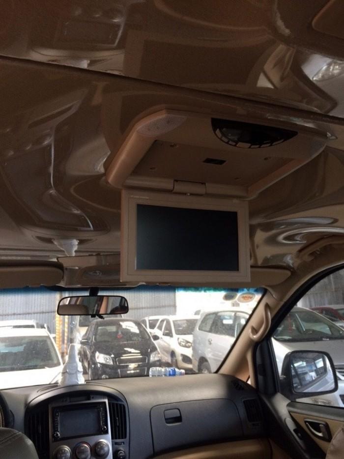 Bán Hyundai Starex 9 chỗ máy xăng 2015 màu xám biển SG