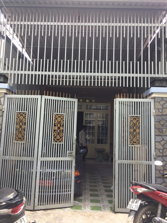 Cần bán 3 căn nhà hẻm Dương Đình Cúc, Tân Kiên, nhà trống