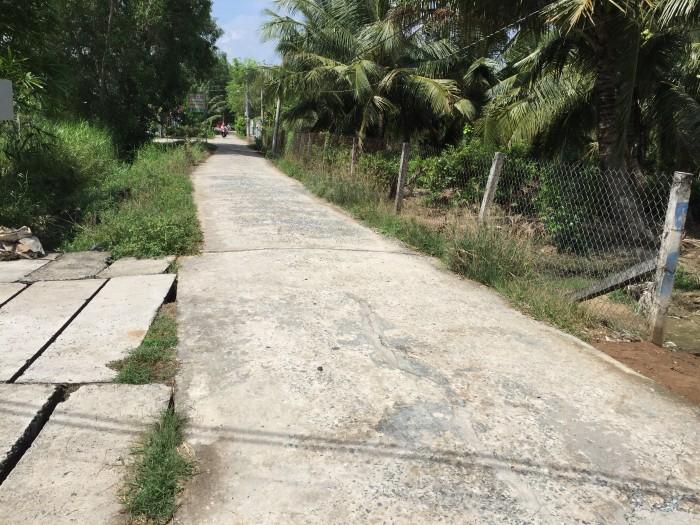 Đất nền đường Sân Bia (xã Phú Tân) Bến Tre