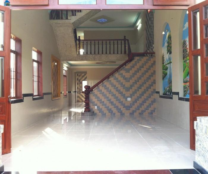 Bán nhà mặt phố Vũ Tông Phan 80m2*3 tầng, 3 mặt thoáng SĐCC.